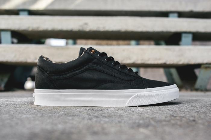 Vans-california-old-skool-coated-twill-pack-black